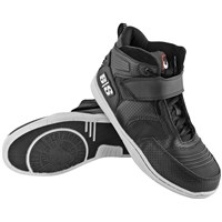 Run With The Bulls™ Moto Shoe