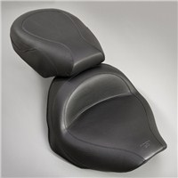 V Star 1300 Vintage Wide Touring Seat by Mustang®